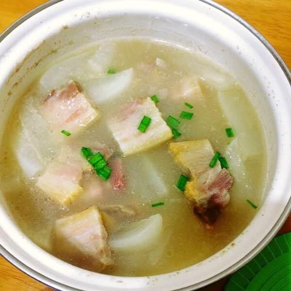 自制紫菜虾滑冬瓜汤