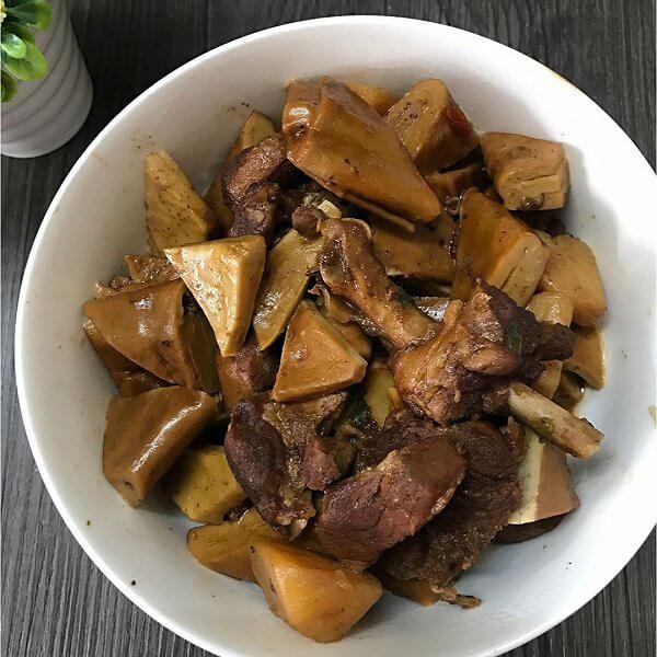 腊排骨炖油豆干