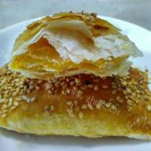 鸡蛋芝麻卷饼