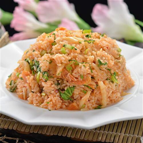 美味鲜蔬炒米饭