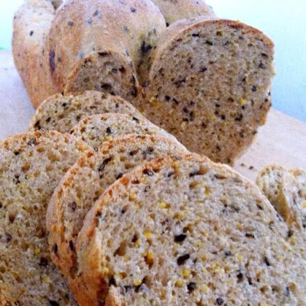 黑芝麻核桃燕麦面包