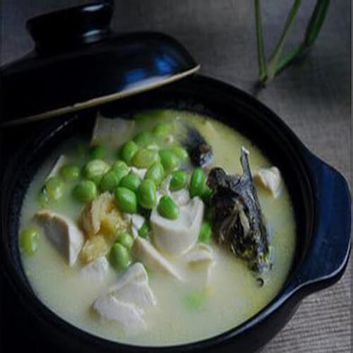 美味的文蛤昂刺鱼汤