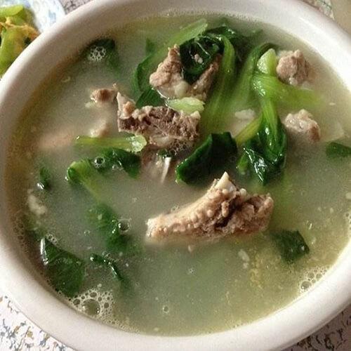 营养青菜腊鸡腿排骨汤