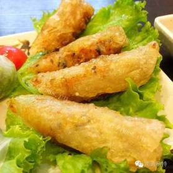 独特的泰国鱼露鸡