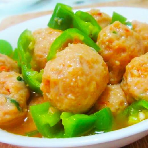 青椒烩鸡肉丸子