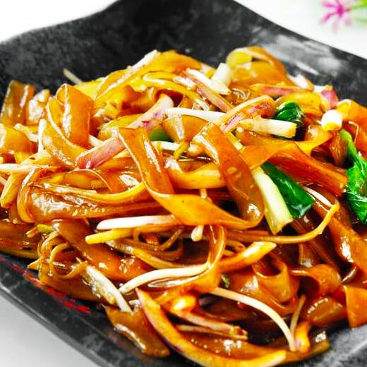 韭菜炒河粉