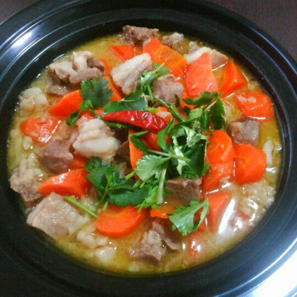 红枣羊肉炖萝卜
