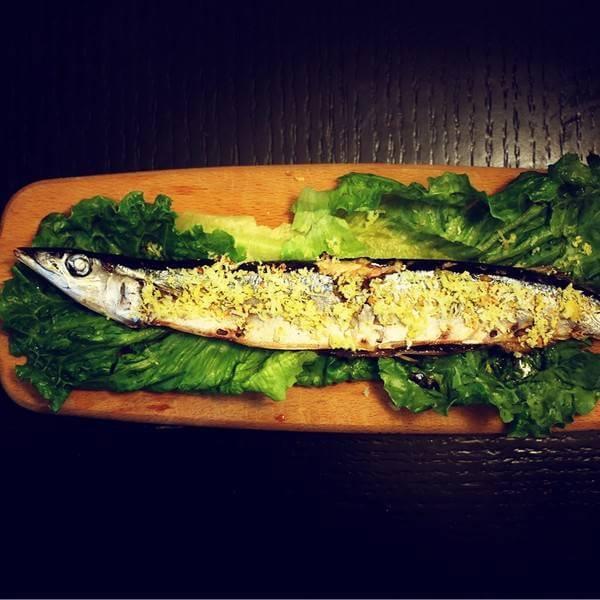 微波炉烤秋刀鱼