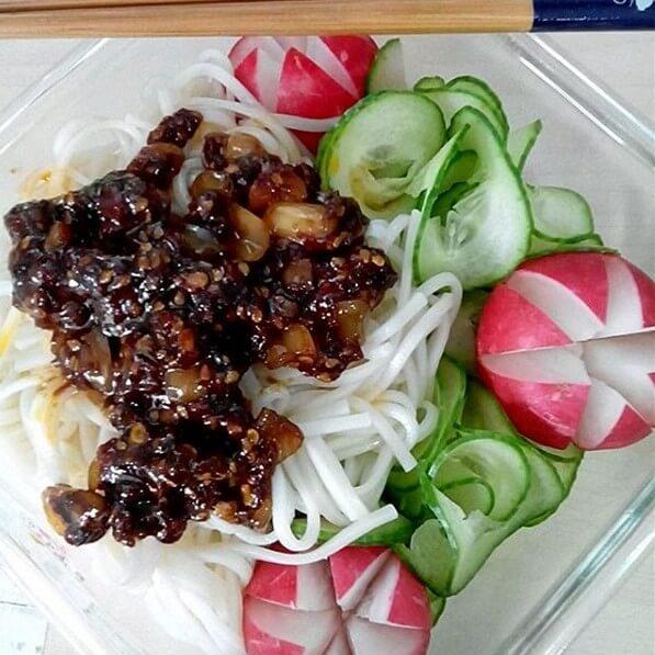 牛肉酱黄瓜
