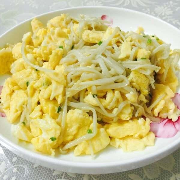 黄瓜金针菇炒鸡蛋
