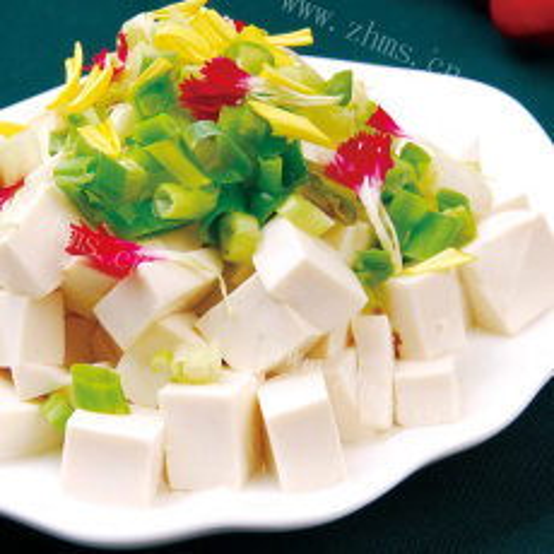 花椒叶拌豆腐