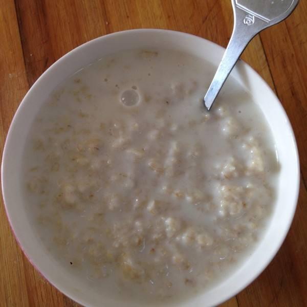 宝宝牛奶燕麦粥