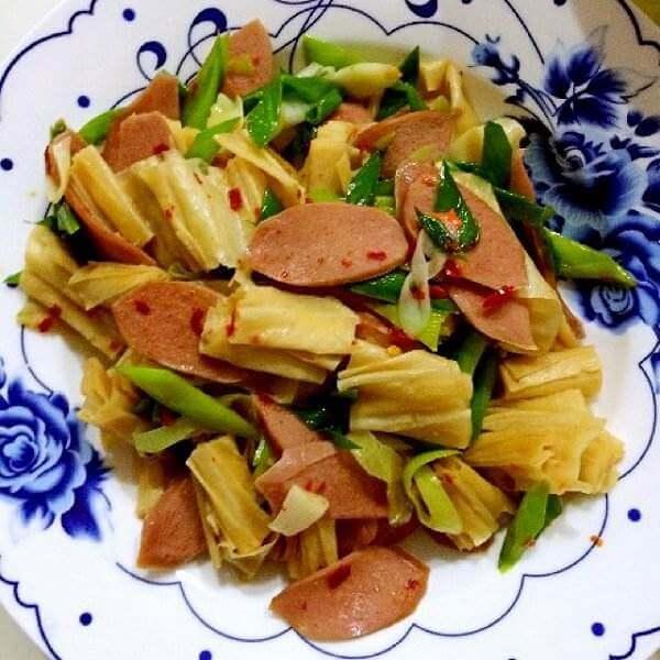 韭菜炒蛋白