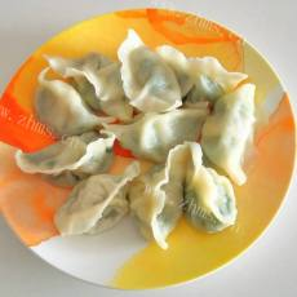 美味的波菜馅饺子