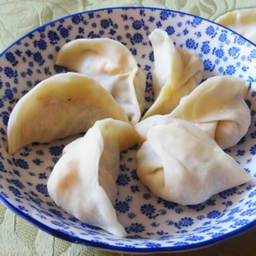 鸡蛋虾皮圆白菜饺子