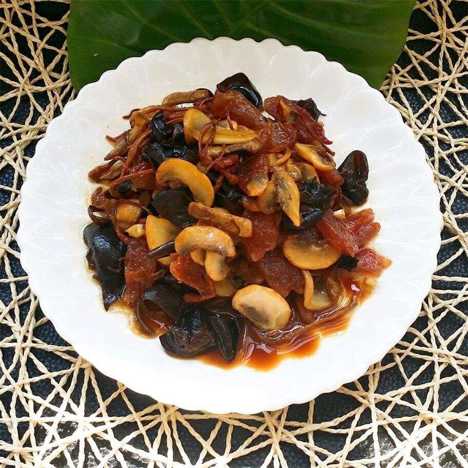 黑木耳炒口蘑