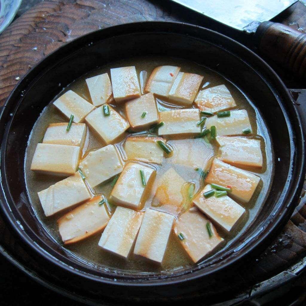 诱人的青椒拌干豆腐