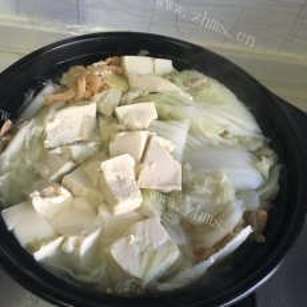 色香味俱全的肉丝豆腐粉丝烩大白菜