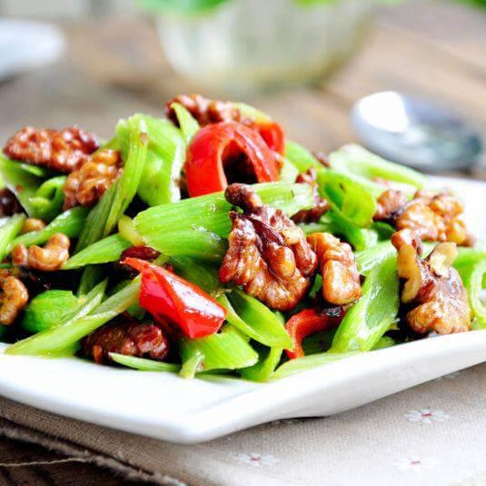 菠菜梗炒核桃