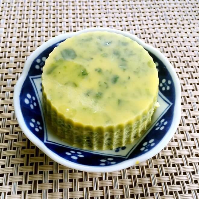 菠菜蛋黄粥