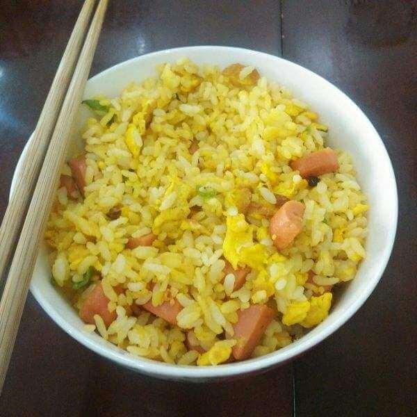 虾仁杂蔬蛋炒饭