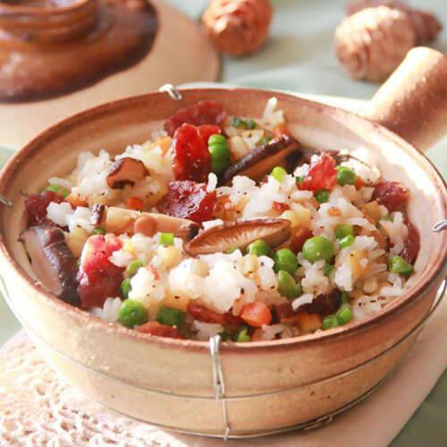 腊肠豌豆煲饭