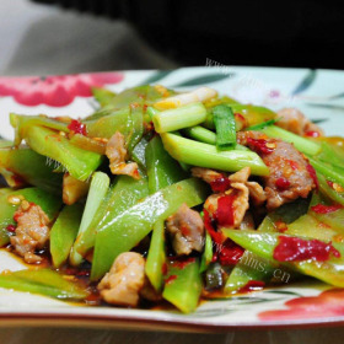 彩椒莴笋片