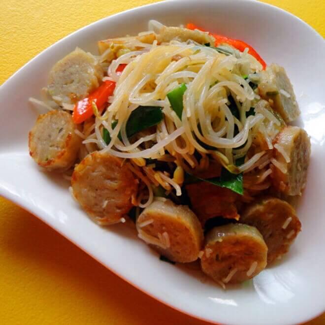 好吃的鱼卷炒米粉