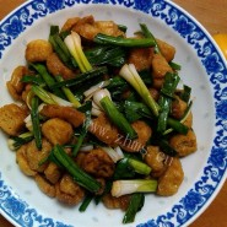 大蒜炒油豆腐