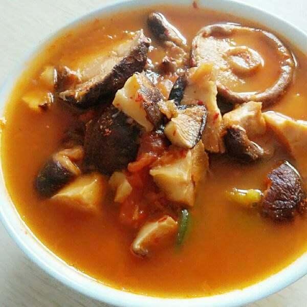 豌豆酸菜汤