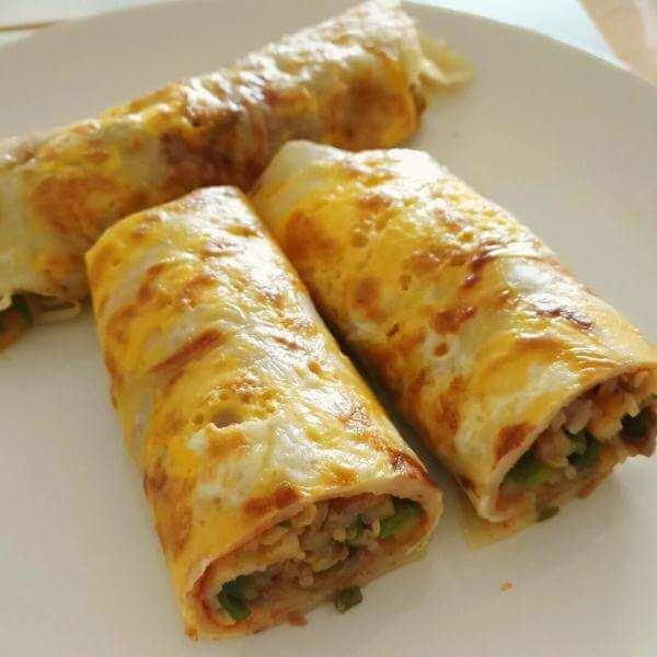 红肠土豆丝卷饼
