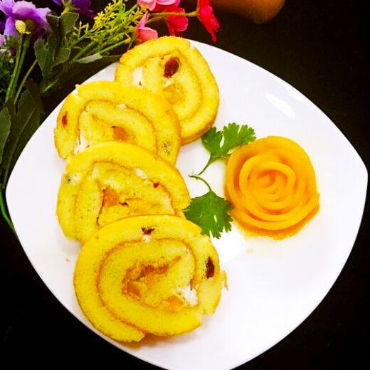 芒果酸奶戚风蛋糕卷