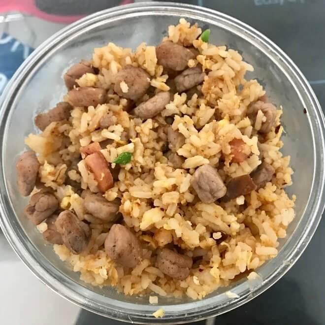鸡蛋牛肉炒饭