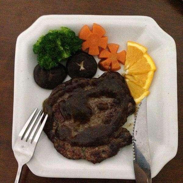 特色菜品黑椒煎牛排