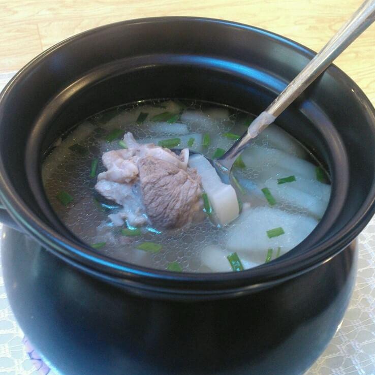 猪尾骨花生米汤
