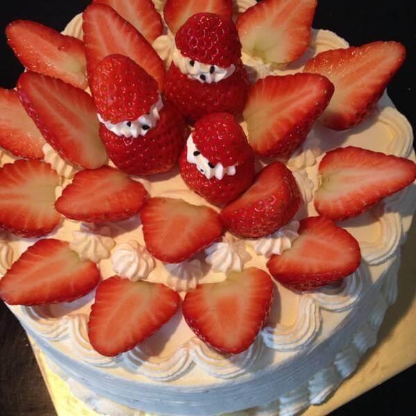 鲜草莓蛋糕