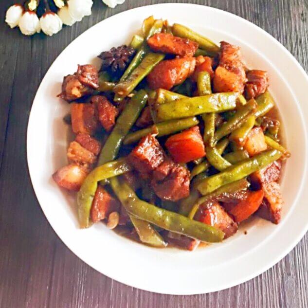 猪肉雪菜炖豆角