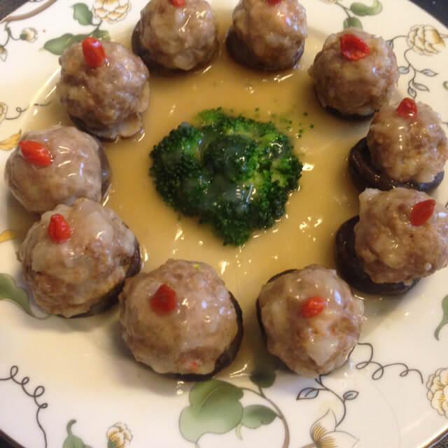 凉拌香菇肉丸