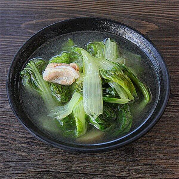 海带结白菜排骨汤