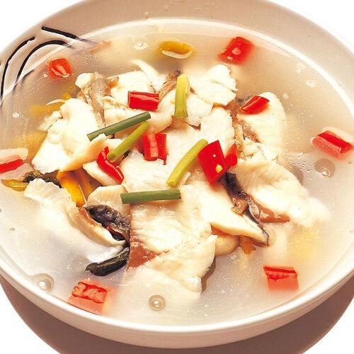 鲜桑叶鲫鱼汤