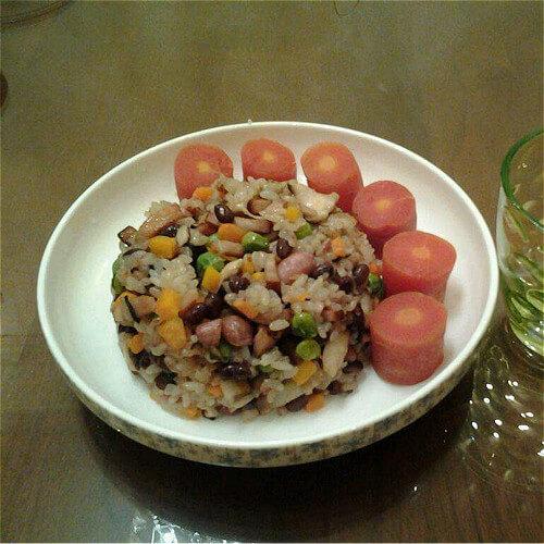 豌豆炒糯米饭