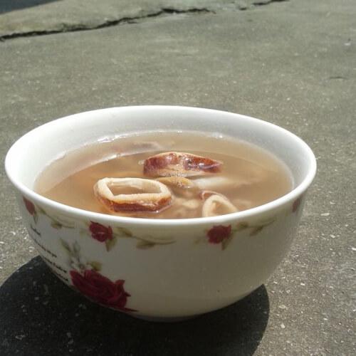 新鱿鱼干瘦肉汤