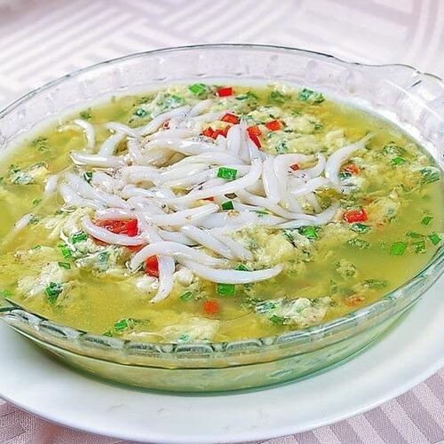 银鱼韭菜蒸鸡蛋