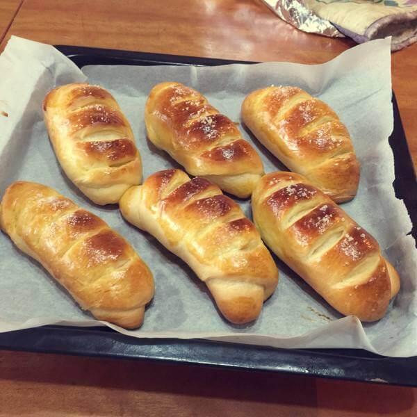 牛奶花式面包