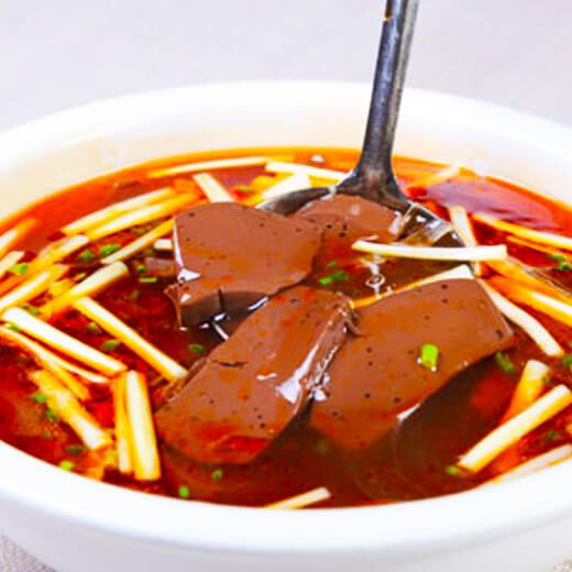 色香味俱全的西红柿羊血汤