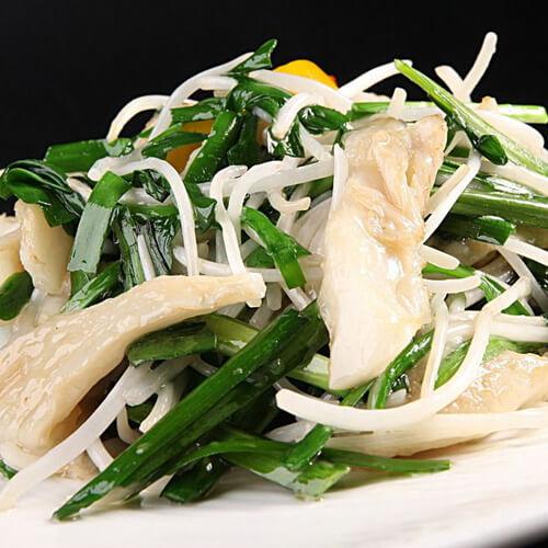 银鱼炒韭苔