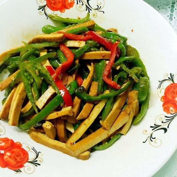 生态芹菜炒香干