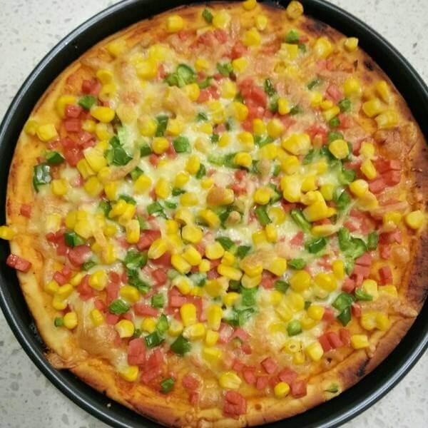 自制火腿肠披萨
