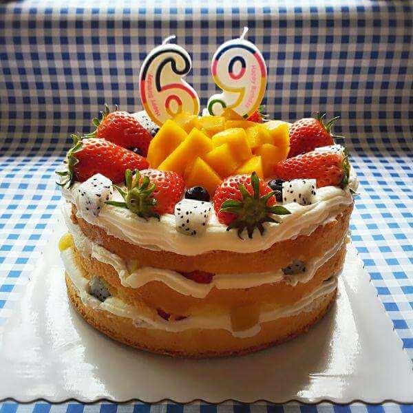 草莓芒果裸蛋糕
