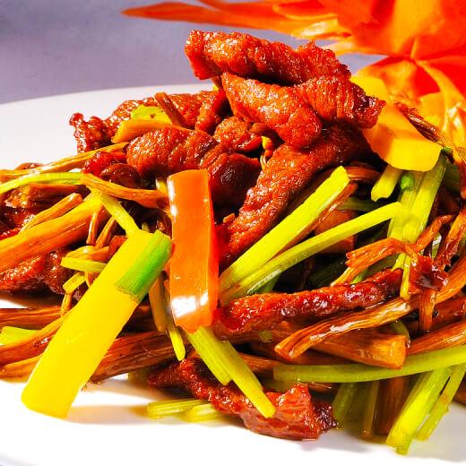 榨菜猪舌头炒芹菜